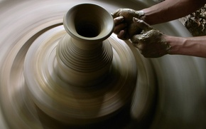 Picture photo, hands, pitcher, clay