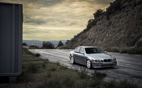 Picture road, grass, blue, bmw, BMW, slope, front view, blue, e39, lorega