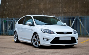 Picture white, ford, focus