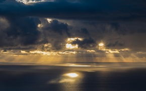 Picture sea, clouds, the sun's rays