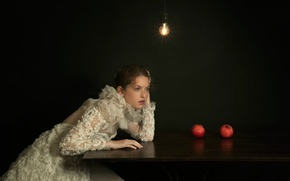 Picture light bulb, girl, table, grenades