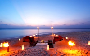 Picture beach, the ocean, romance, the evening, dinner