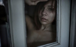 Picture look, glass, portrait, window, freckles, red-haired beauty