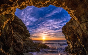 Picture sea, the sky, the sun, clouds, rays, sunset, stones, rocks, shore, horizon, arch, USA, Malibu, ...