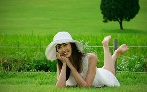 Picture girl, smile, hat