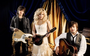 Picture music group, soloist, Kimberly Perry, The Band Perry, country band