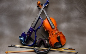 Picture music, headphones, violin