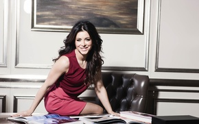 Picture smile, brunette, singer, Ani Lorak