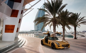Picture palm trees, heat, yachts, mercedes, benz, Dubai