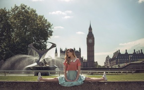 Picture girl, the city, London, twine, stretching, Marine Fauvet