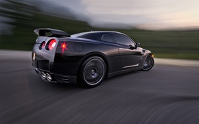 Picture in motion, Nissan, nissan gtr, rigshot