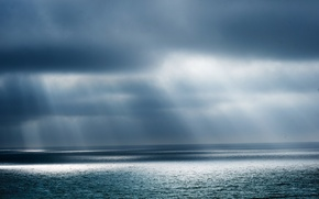 Picture sea, the sun, clouds, storm