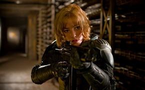 Picture girl, weapons, actress, Movie, judge Dredd, Olivia thirlby, dredd