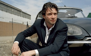 Picture actor, James Purefoy, in a black suit, James Purfoy. photoshoot