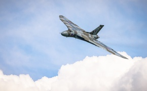 "Picture bomber, strategic, Avro Vulcan, ""Volcano"""