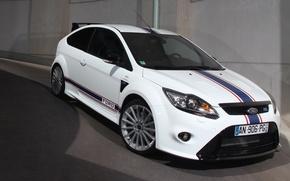 Picture The Mans, white, Focus, Classic