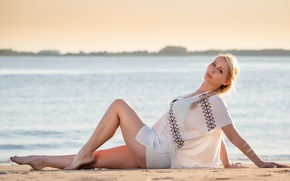 Picture girl, pose, background, Sandra Felicia