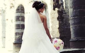 Picture bouquet, dress, the bride, veil