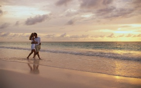 Picture sand, sea, wave, beach, the sky, girl, clouds, love, horizon, pair, guy, lovers, two, go