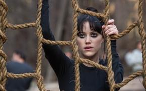Wallpaper girl, frame, rope, brunette, ropes, training, Maika Monroe, The 5th Wave, 5th wave, Mike Monroe