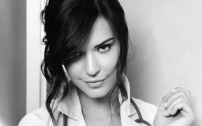 Picture black and white, actress, Odette Annable, actress, Odette Annable
