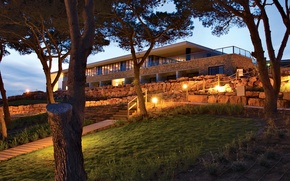 Picture light, Villa, the evening