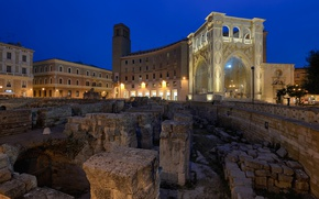 Picture Italy, night, Piazza San'oronzo, Leche, Roman amphitheatre, lights