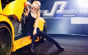 Picture machine, auto, pose, feet, model, Sina Mai