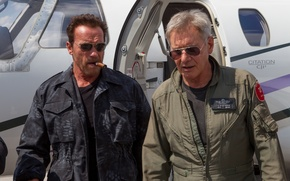Picture Arnold Schwarzenegger, Trench, Arnold Schwarzenegger, The Expendables 3, The expendables 3, Max Drummer, Harrison, Ford ...