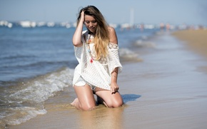 Picture beach, summer, girl
