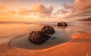 Picture beach, the sky, water, clouds, stones, Portugal