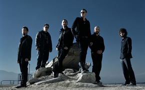 Picture group, linkin park, chester