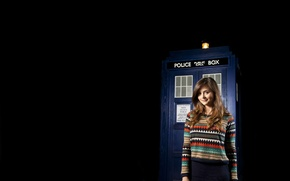 Picture girl, smile, booth, black background, Doctor Who, sweater, Doctor Who, Jenna-Louise Coleman, Jenna-Louise Coleman