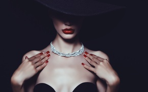 Picture fashion, hat, Lips painted, haute couture, diamond chain