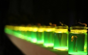 Picture glow, Green, jars