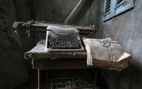 Picture background, the darkness, typewriter