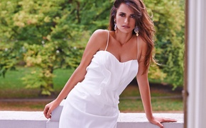 Picture summer, white, dress, actress, beauty, balcony, Penelope Cruz, Penelope Cruz
