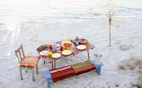 Picture beach, table, food