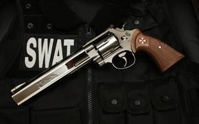 Wallpaper swat, revolver, umbrella