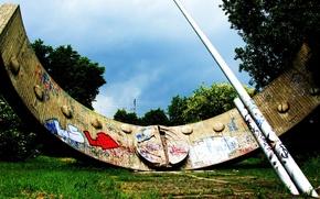 Picture summer, macro, graffiti, sundial