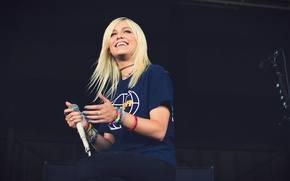 Picture girl, music, blonde, singer, girl, pop-rock, australian, jenna MacDougal, tonight alive, jenna mcdougall on