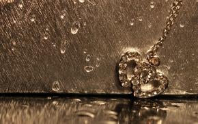 Picture drops, macro, love, reflection, gold, heart, pendant, hearts, love, decoration, chain