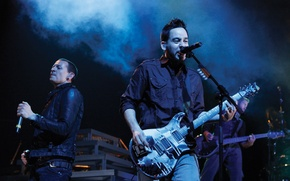 Picture guitar, concert, linkin park