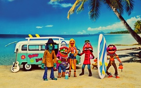Wallpaper Zoot, Animal, Janice, Volkswagen Transporter, Sgt Floyd Pepper, the coconut palm, surfboards, beach, sea, summer, ...