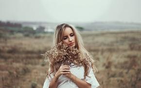 Picture pose, blonde, Beatriz Soares