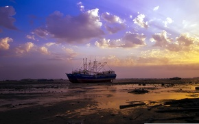 Picture sunset, ship, stranded