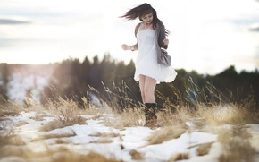 Picture field, girl, light, snow, joy