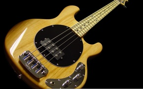Picture black, yellow, bass guitar