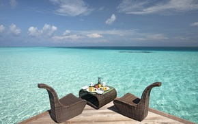 Picture the ocean, Breakfast, Laguna