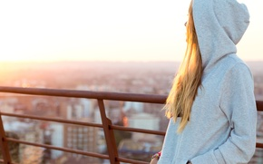 Picture girl, the sun, light, the city